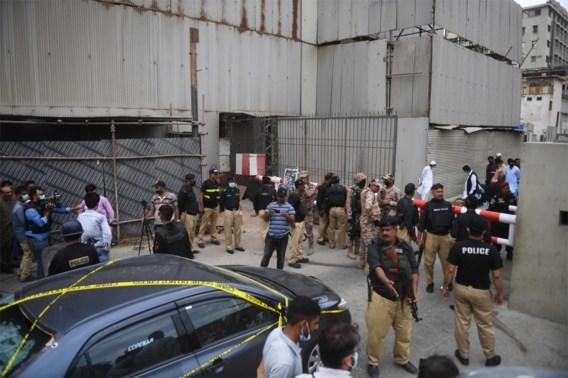 Minstens zeven doden bij aanslag op aandelenbeurs van Pakistan