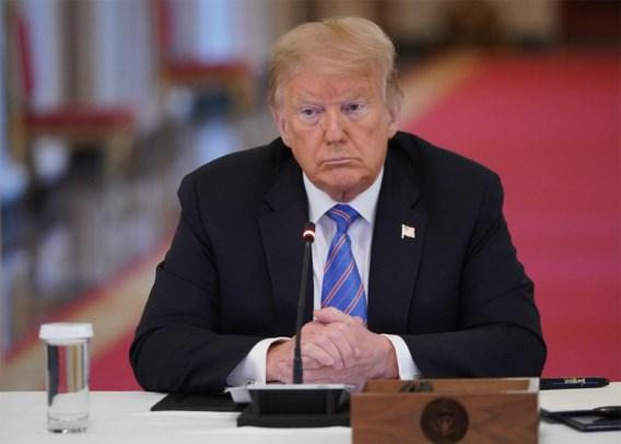 Trump nu toch 'helemaal voor mondmaskers', recordaantal besmettingen in VS