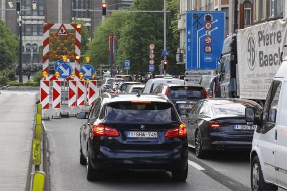 Verkeerschaos in Brussel door gelijktijdige sluiting Leopold II-tunnel, Rogiertunnel en Kruidtuintunnel