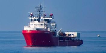 Bemanning reddingsschip Ocean Viking roept noodtoestand uit aan boord
