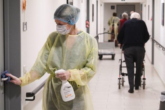 Gemiddeld nog 11 ziekenhuisopnames en 80 besmettingen per dag