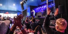 'Maak alsjeblieft dat het dak er niet af gaat': Het eerste concert van Brihang sinds de lockdown