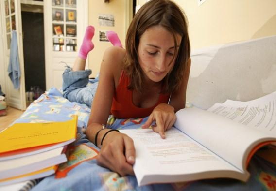Buitenlandse studenten in VS dreigen uitgewezen te worden bij online onderwijs