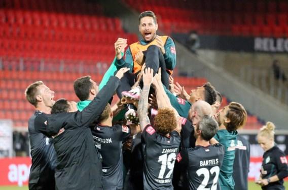 """Bundesliga-legende Claudio Pizarro bergt zijn voetbalschoenen op: """"Diepe buiging"""""""
