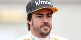 """Fernando Alonso maakt officieel zijn comeback in de Formule 1: """"Ik wil weer op het podium staan"""""""