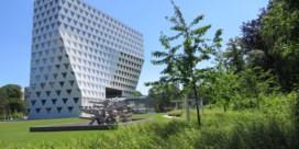 Provinciehuis Antwerpen opent wandelpaden in tuin