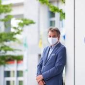 Burgemeester Deinze over mondmaskers: 'Blij dat de regering de bocht uiteindelijk maakt'