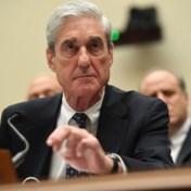 Mueller doorbreekt stilte nadat Trump celstraf heeft kwijtgescholden: Roger Stone blijft veroordeelde misdadiger