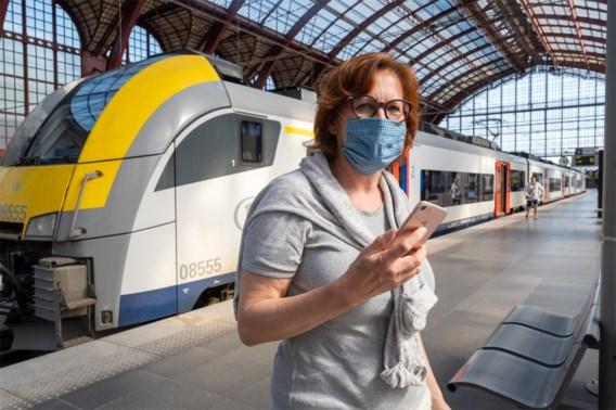 Honderden boetes uitgeschreven voor niet dragen van mondmasker in station of trein