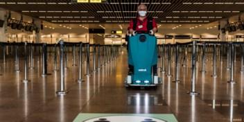 Meeste tijdelijke werklozen in hotel- en luchtvaartsector