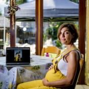 'Ik vrees te moeten bevallen zonder mijn man'