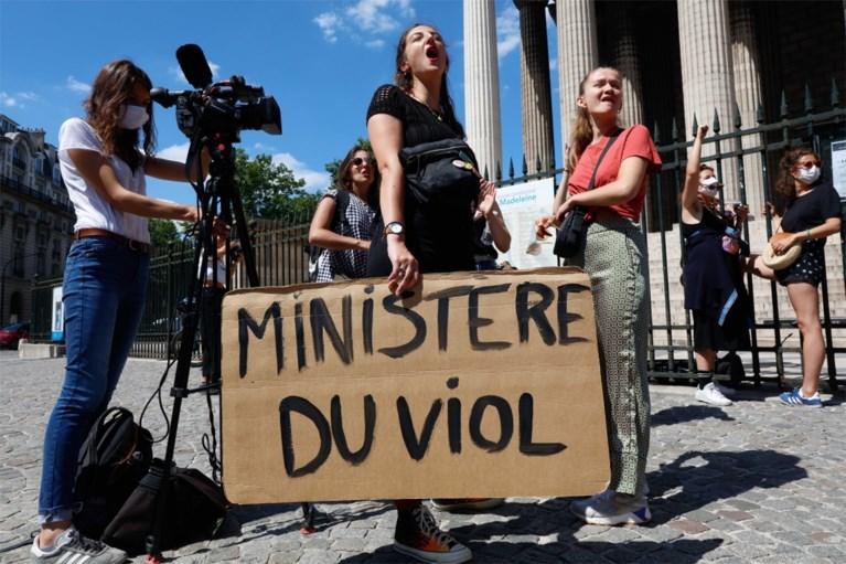 Franse minister Darmanin reageert op verkrachtingszaak: 'Ben slachtoffer van een klopjacht'