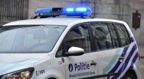 Politiewagen in brand gestoken in Brusselse Marollen