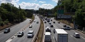 Duidelijk minder file op snelwegen naar vakantiebestemmingen