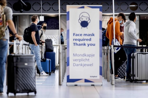 'Beperk buitenlandse reizen tot wat echt nodig is'