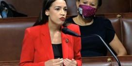 Alexandria Ocasio-Cortez laat een vrouw niet een bitch noemen