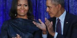Michelle Obama kiest haar man als eerste gast voor podcast