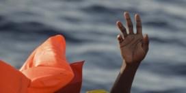 Grote bezorgdheid over twee vluchtelingenboten in nood