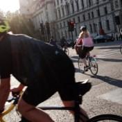 Johnson lanceert fietsrevolutie tegen corona en obesitas