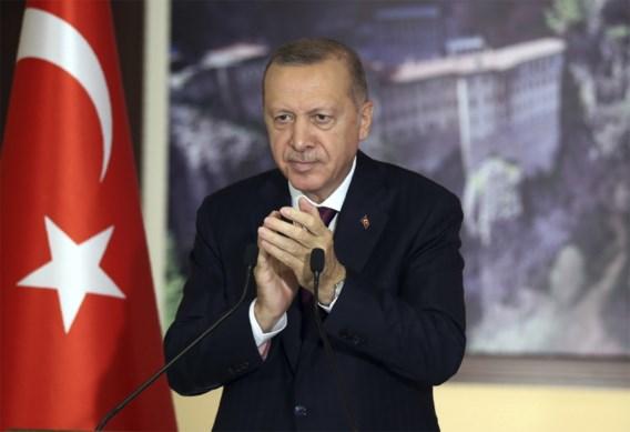 Turks parlement stemt in met controversiële wet die controle op sociale media aanscherpt