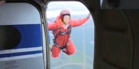Parachutisten ingezet om bosbranden te bestrijden in Siberië