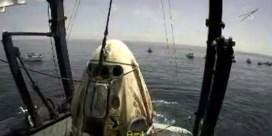 'Splashdown!' Bemande SpaceX-capsule met succes geland
