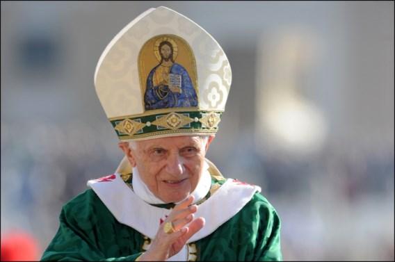 Biograaf: 'Paus Benedictus XVI is ernstig ziek'