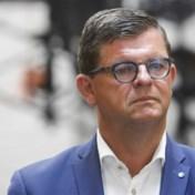 Bart Tommelein weigert extra treinen naar Oostende na overleg NMBS
