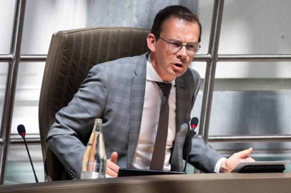 Wouter Beke bijt van zich af na kritiek op contactopsporing