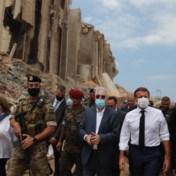 Macron roept op tot internationaal onderzoek naar explosie Beiroet