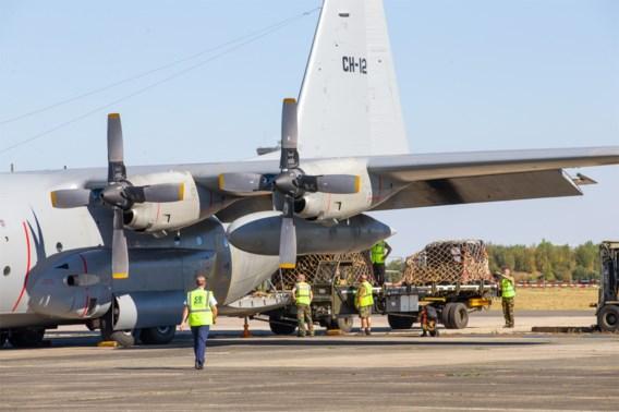 Vrachtvliegtuig met hulpmateriaal vertrekt naar Beiroet
