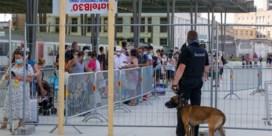 'Behandel amokmakers op strand als voetbalhooligans'