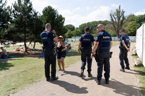 Politie zet Brusselse jongeren uit Blaarmeersen, getuige dient klacht in voor 'etnische zuivering'