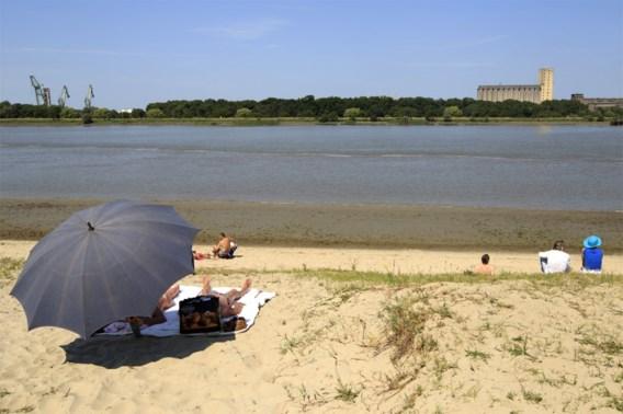 Vechtpartij op strand van Sint-Anneke in Antwerpen