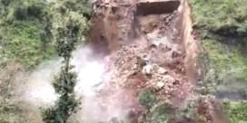 Man filmt indrukwekkende aardverschuiving