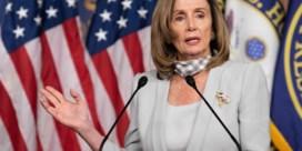Pelosi roept parlement terug uit vakantie door problemen met postbedrijf