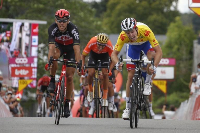 """Greg Van Avermaet strandt op tweede plaats in Wallonië: """"Ik had beter alles op de sprint gezet"""""""