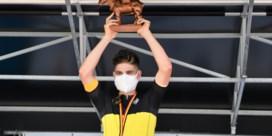 """Wout van Aert opnieuw Belgisch kampioen tijdrijden: """"Hopelijk kan ik driekleur meer tonen dan vorig jaar"""""""