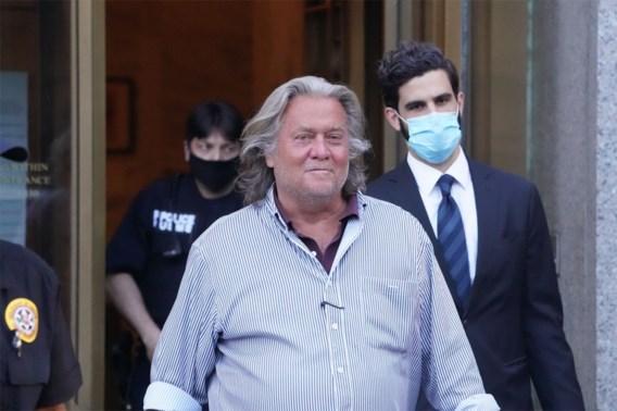 Ex-adviseur Trump ontkent fraude en komt vrij op borgtocht