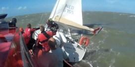 Vrijwilligers redden drie zinkende zeilers voor kust van Zeebrugge