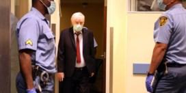 Ratko Mladic, 'de slager van Bosnië', staat opnieuw voor de rechter