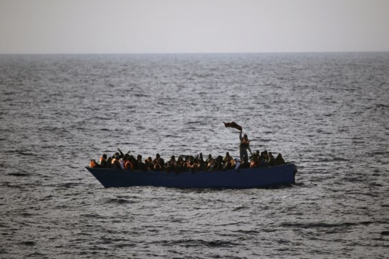 Reddingsactie in Egeïsche Zee: tientallen migranten gered