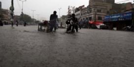 Tientallen doden door overstroming in Pakistan