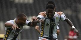 Charleroi behoudt als enige maximumscore in Jupiler Pro League na zege tegen 10-koppig Antwerp