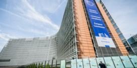 Europese Commissie tikt Hongarije op de vingers na sluiten grenzen