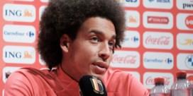 """Axel Witsel heeft opmerkelijk advies voor jonge Rode Duivels zoals Jérémy Doku: """"Blijf in België"""""""