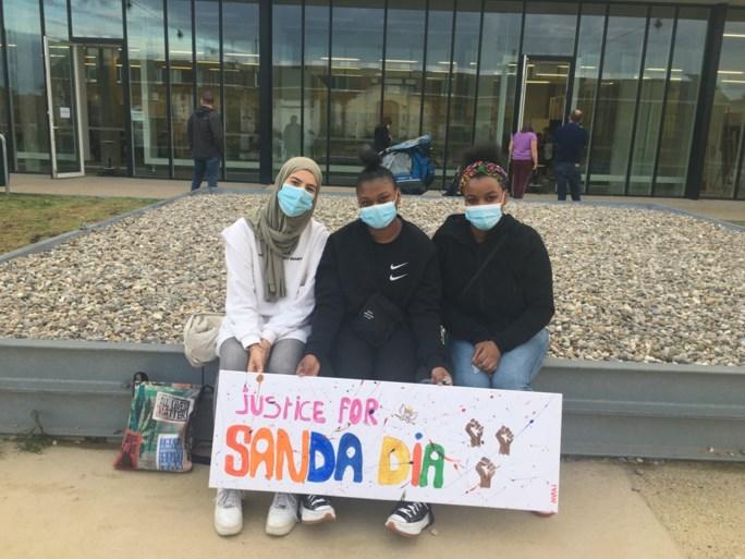 Aanwezigen op stille wake voor Sanda Dia: 'We vragen rechtvaardigheid'