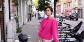 Zaakvoerster koffiebar hekelt afvalprobleem bij Gentse Dampoort