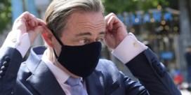 De Wever overweegt voorzitter te blijven: 'Ben boos en heb niet veel zin om bijltje nu neer te leggen'
