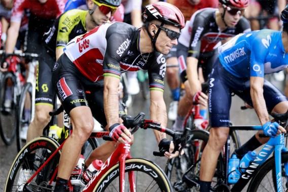 """Philippe Gilbert bouwt na val in de Tour rustig op: """"Het is vervelend, maar je moet vooruitkijken"""""""